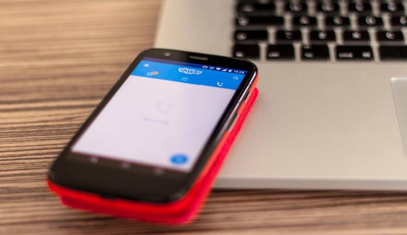 Mobile displaying Skype